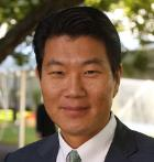 HBS Faculty Member John Jong-Hyun Kim