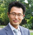 HBS Faculty Member Doug J. Chung